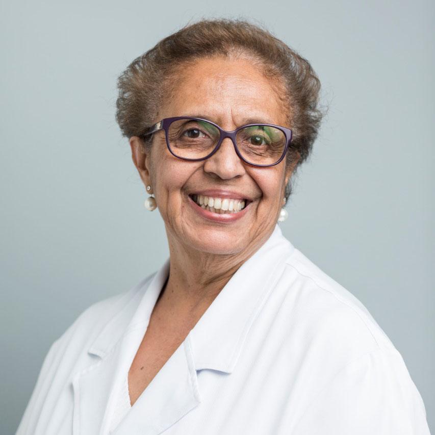 Dra. Maria do Carmo Viana