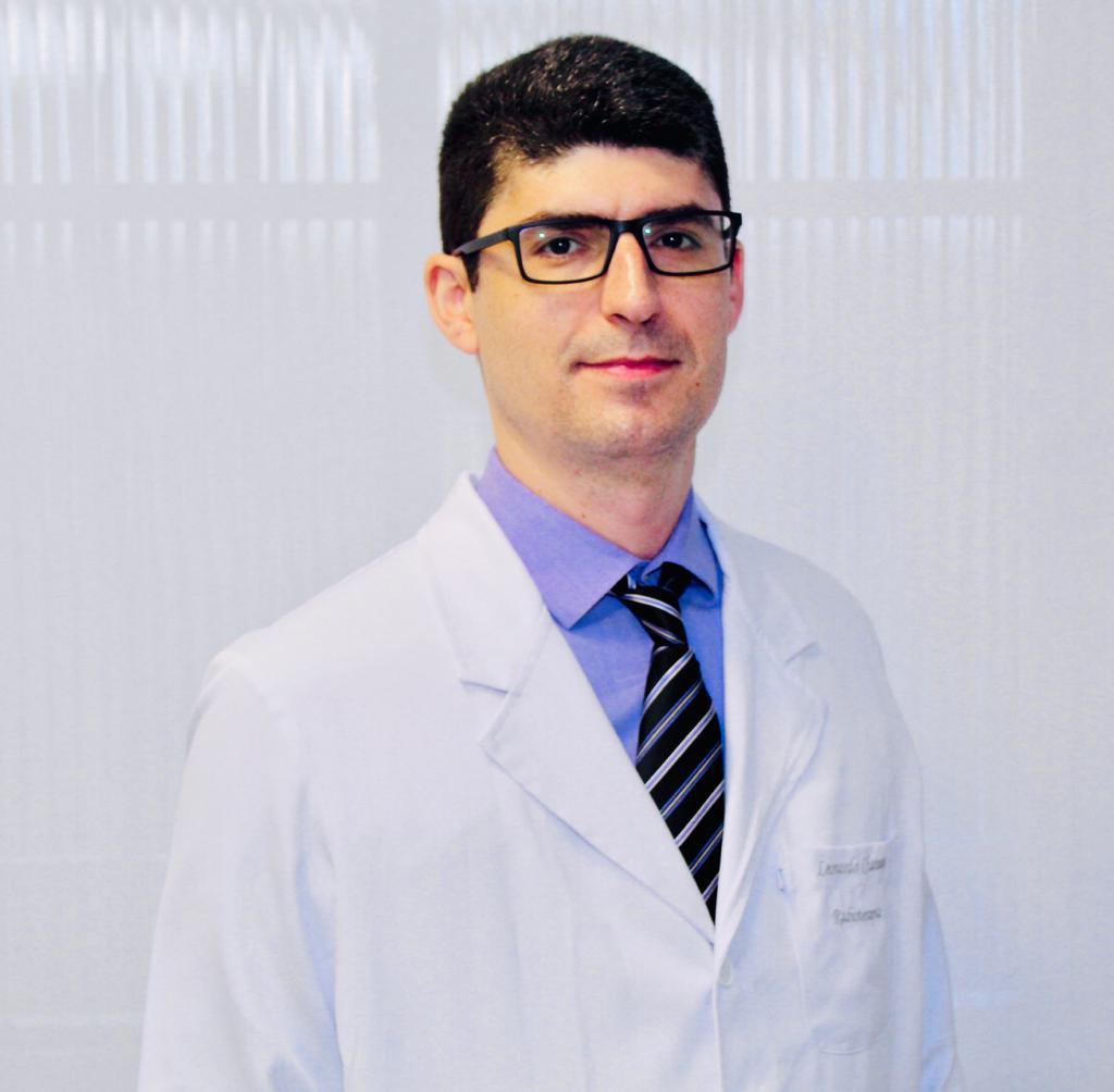 Dr. Leonardo Chamon